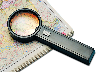 Everyday Essentials® Lighted Magnifier