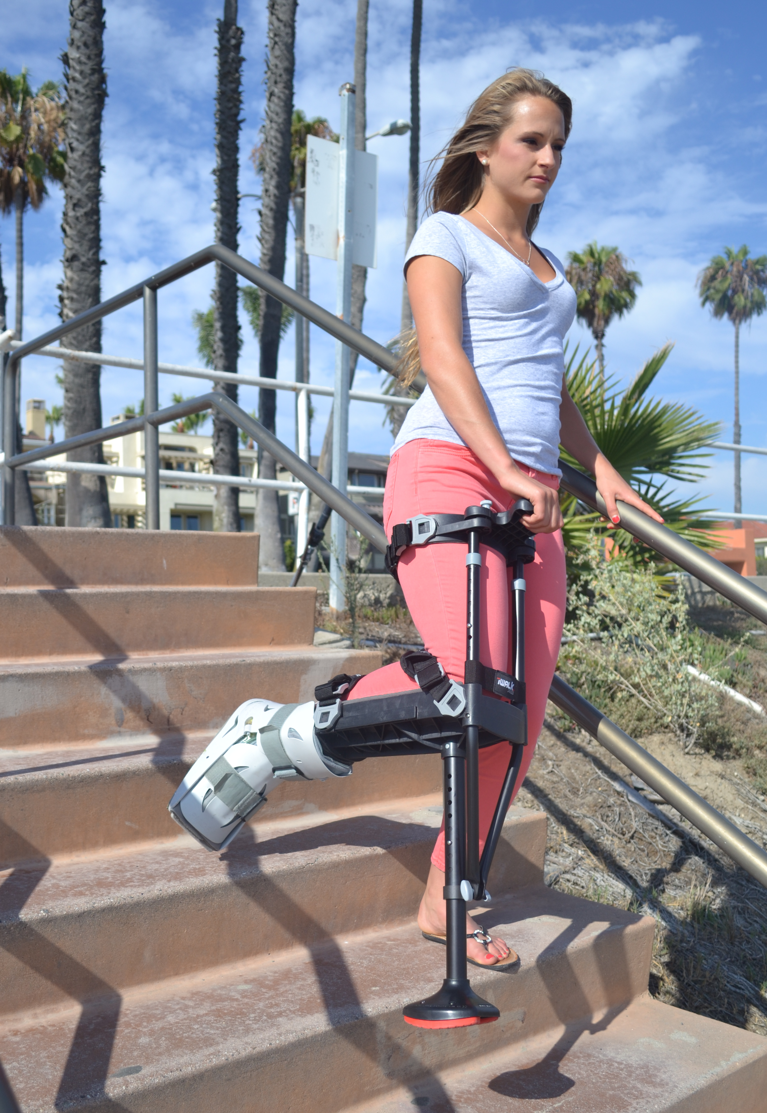iwalk hands-free crutches